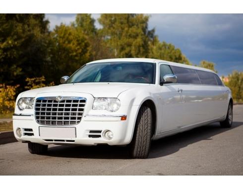Лимузин Chrysler 300 С